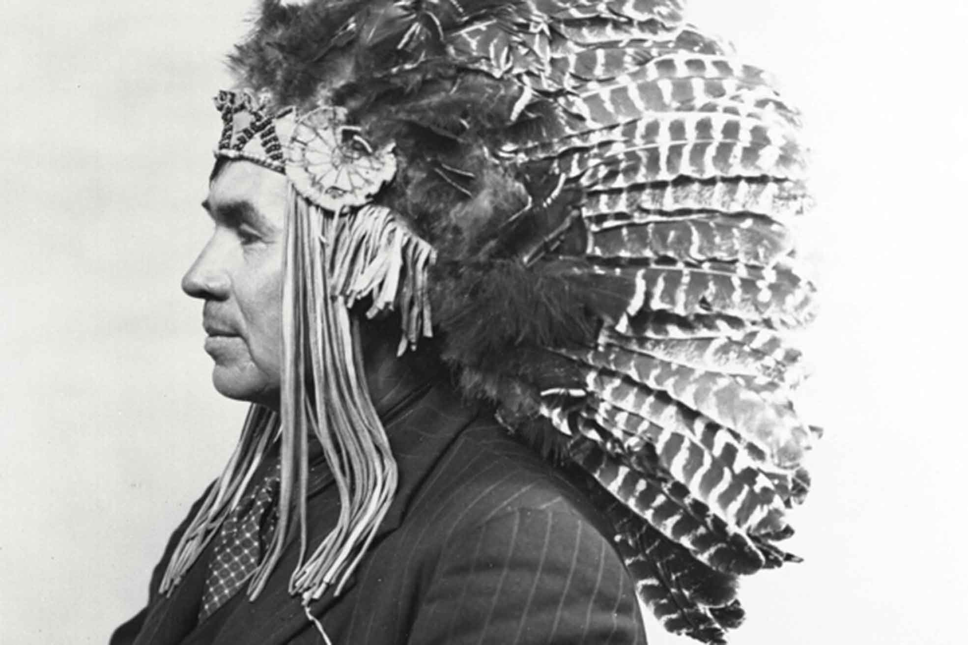 Sounding Thunder: The Song of Francis Pegahmagabow